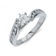 14K White Gold 0.25ct Diamond Melee And A 0.33ct Round Center Diamond Engagement Ring